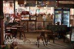 นี่ร้านกาแฟ ที่จัดเตรียมไว้ต้อนรับนักท่องเที่ยว บรรยากาศเก่า โบราณดี